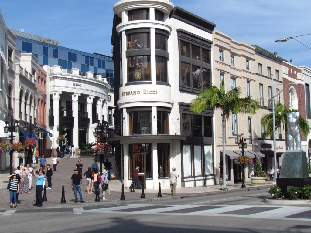 Apartment Next To Rodeo Drive Los Angeles Ca Booking Com