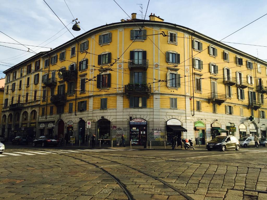 Milano apartments porta genova milan tarifs 2018 - Carabinieri porta genova milano ...