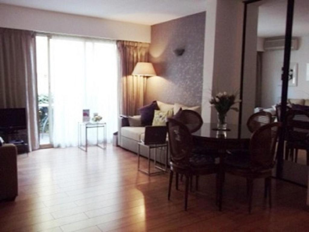 apartment rue jean goujon cannes france. Black Bedroom Furniture Sets. Home Design Ideas
