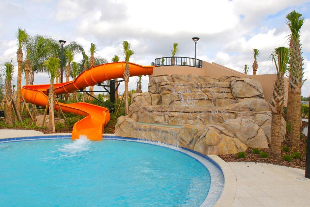Disney world orlando soltera resort davenport usa for Pool show usa