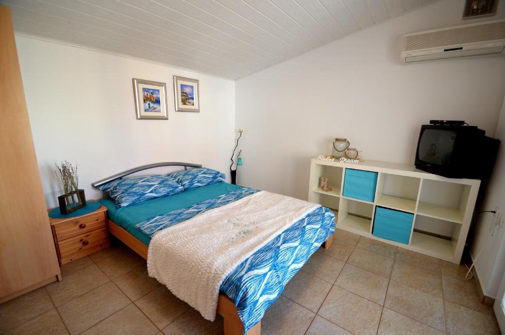 Недорогую квартира в Дельфи