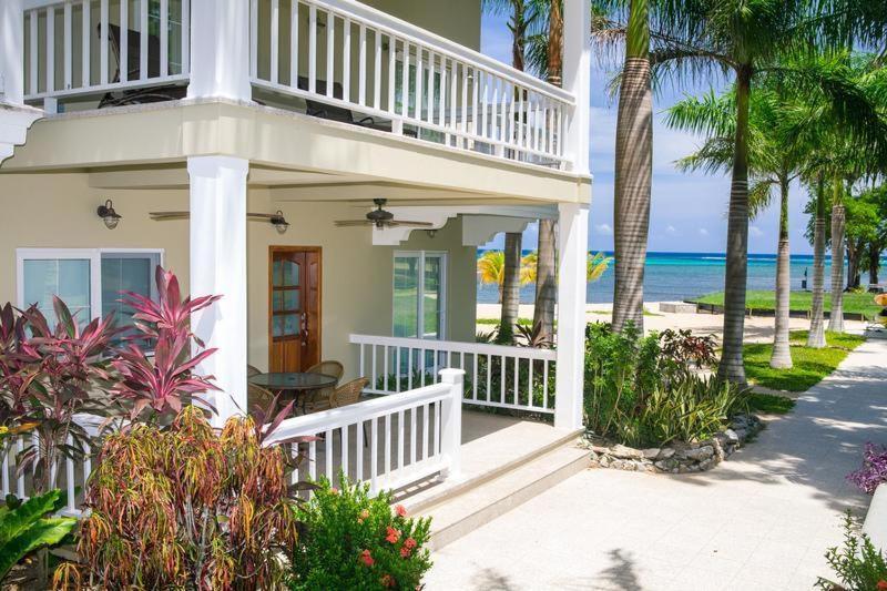 Apartments In Six Huts Roatan Island