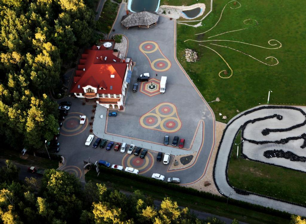 A bird's-eye view of Malutkie Resort - apartamenty, pokoje, restauracja