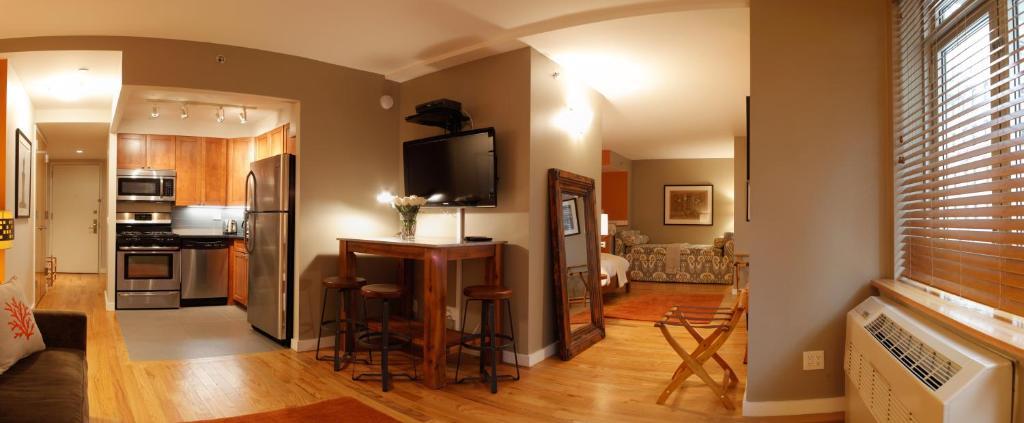 Kitchen o kitchenette sa Sanctuary NYC Retreats