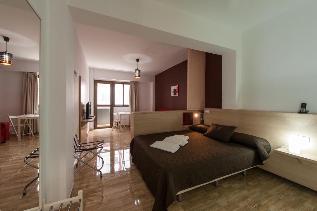 Hotel cerca : Apartamentos Las Palmas Center