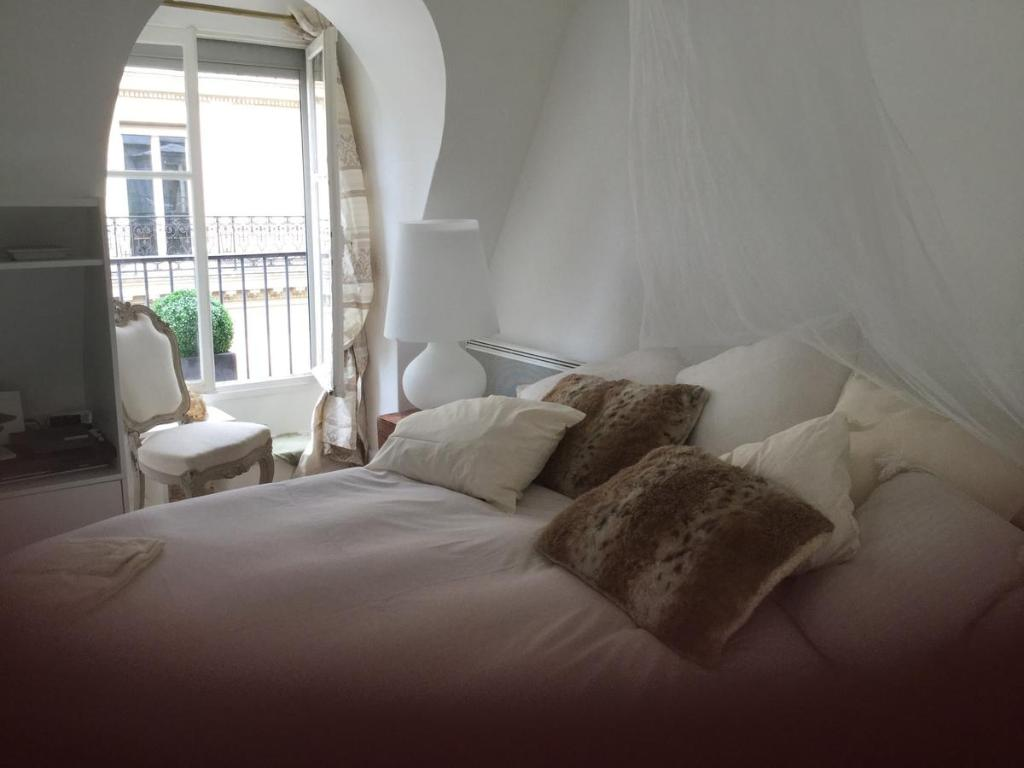 Apartment Miniloft Opera, Paris, France - Booking.com