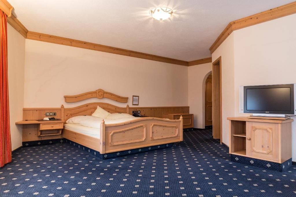 Hotel Landhaus Alte Scheune, Frankfurt, Germany - Booking.com