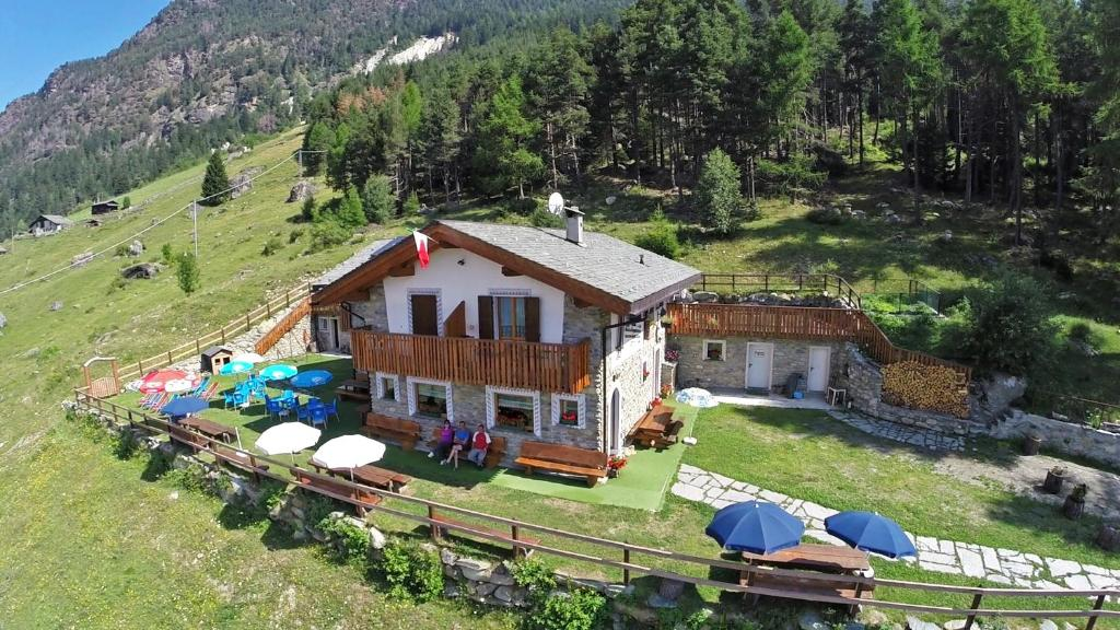 Nearby hotel : Rifugio Alpe Ponte