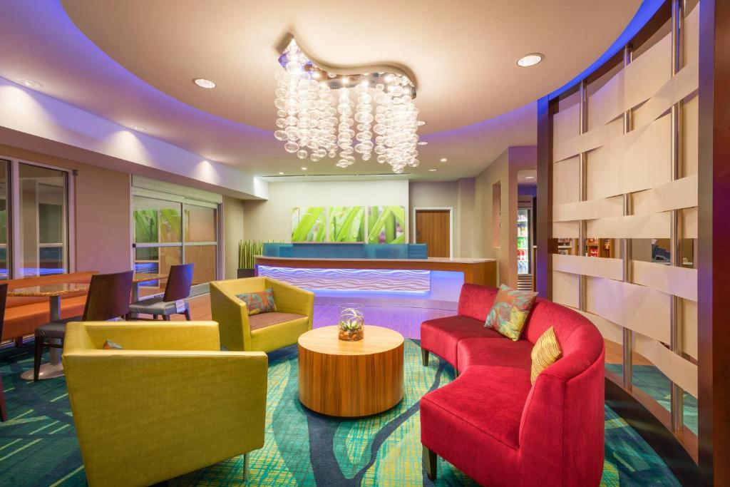 The lobby or reception area at SpringHill Suites by Marriott Little Rock