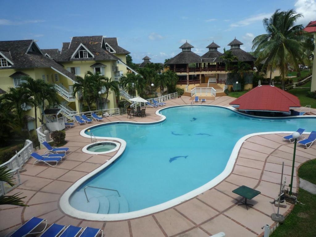 apartment at mystic ridge resort ocho rios jamaica. Black Bedroom Furniture Sets. Home Design Ideas