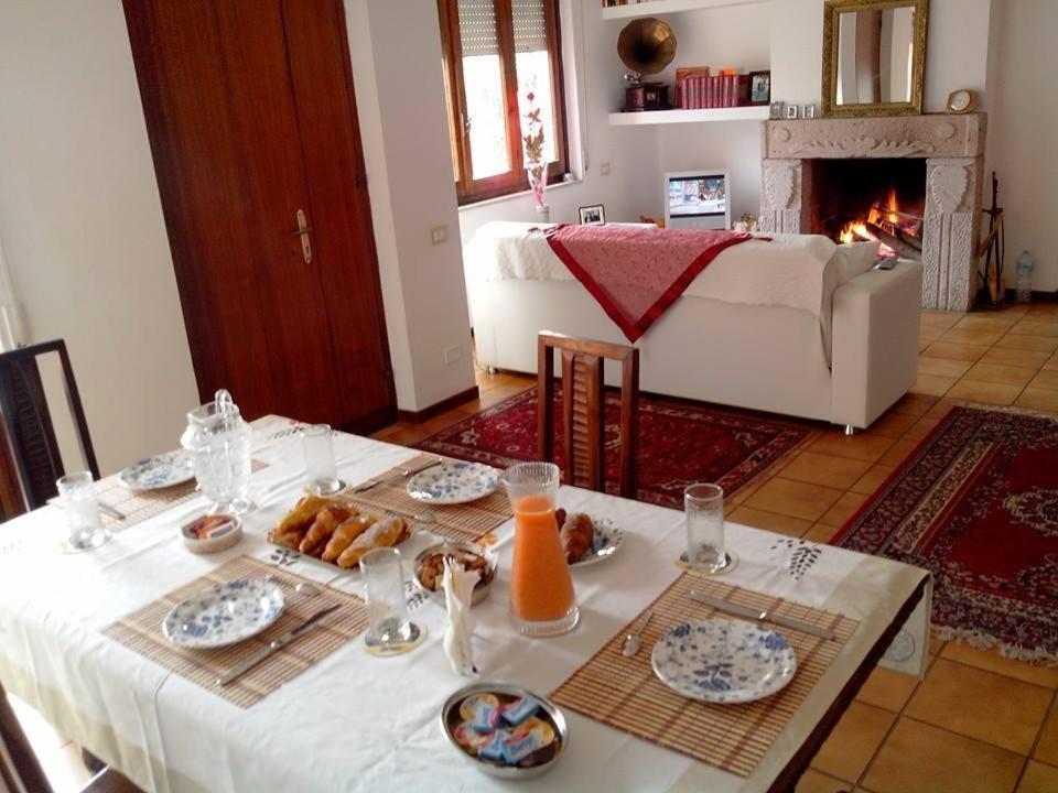 Bed and breakfast horus italia quartu sant elena for Hotel amati riccione prezzi