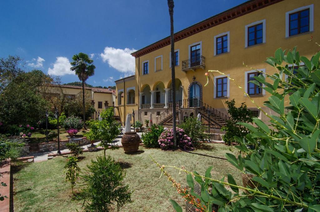 ホテル ヴィラ チェリ(Hotel Villa Cheli)