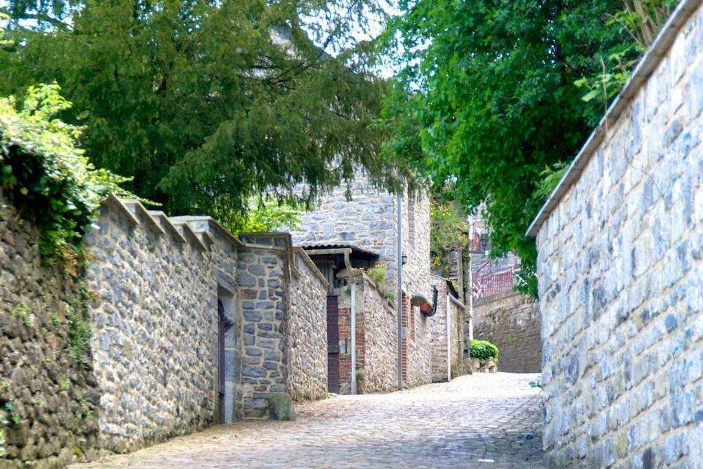 G te des remparts walcourt tarifs 2018 for Garage des remparts etampes