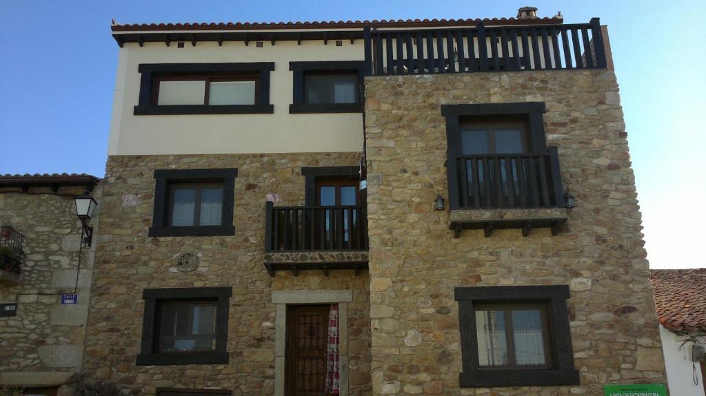 c213a11a5 Vía Caparra Superior, Oliva de Plasencia – Precios actualizados 2019