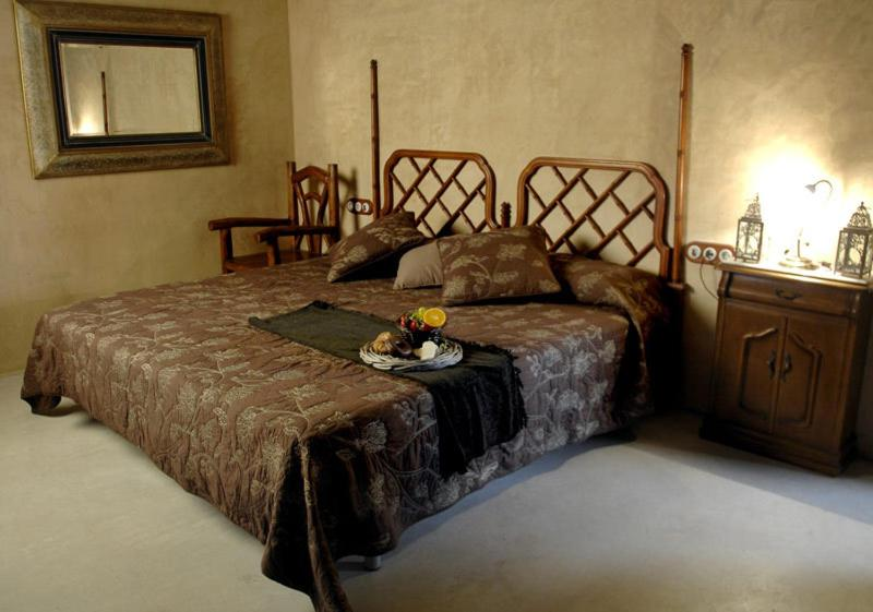 boutique hotels in cardona  33