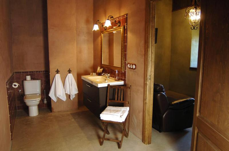 boutique hotels in cardona  24