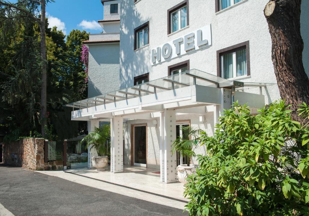 Hotel la pergola rome italy for La pergola roma prezzi