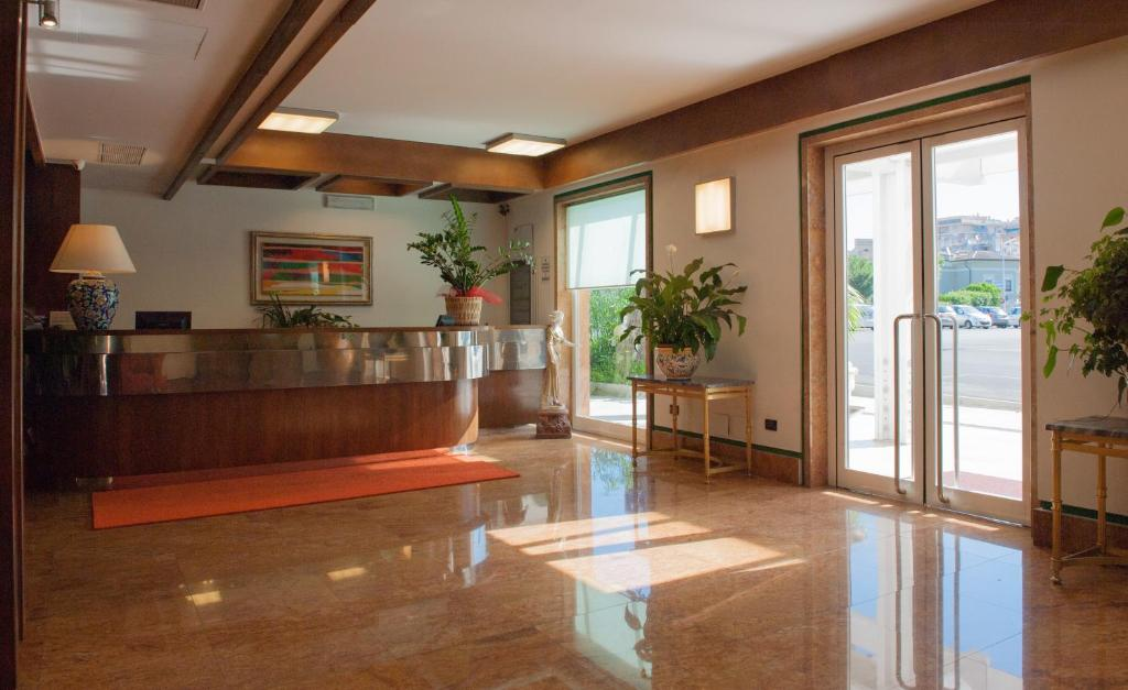... Gallery image of this property ... - Hotel La Pergola, Rome, Italy - Booking.com