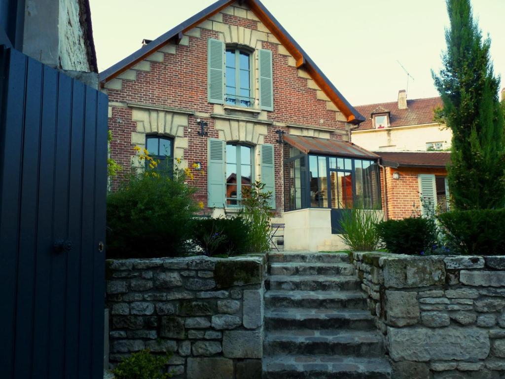 Fab House guesthouse fab house - les maisons fabuleuses, senlis, france