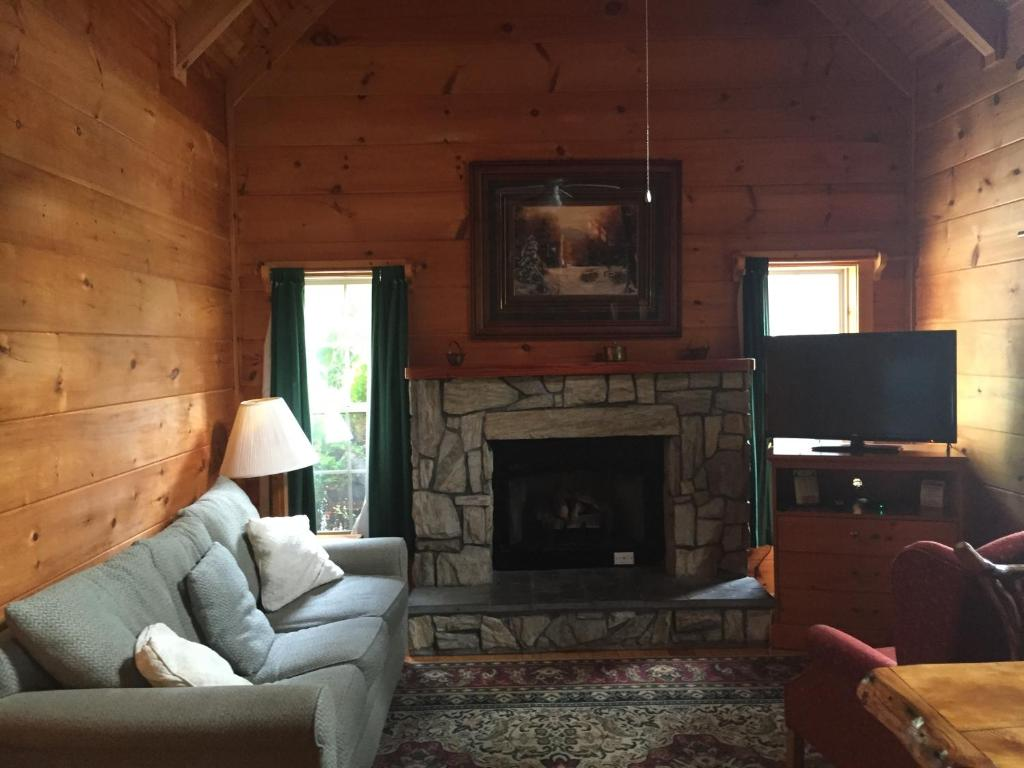 hot forks nc in tub cottages cabins maine for me snowmobilingrhnorthernoutdoorscom rental trends the rhpukime near boone rentals luxury cabin attachment rent