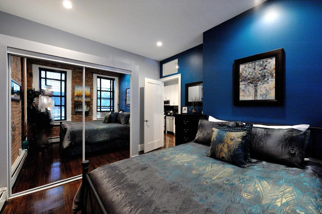 Apartment three bedroom apt west 25th st new york ny - 3 bedroom apartments in new york city ...