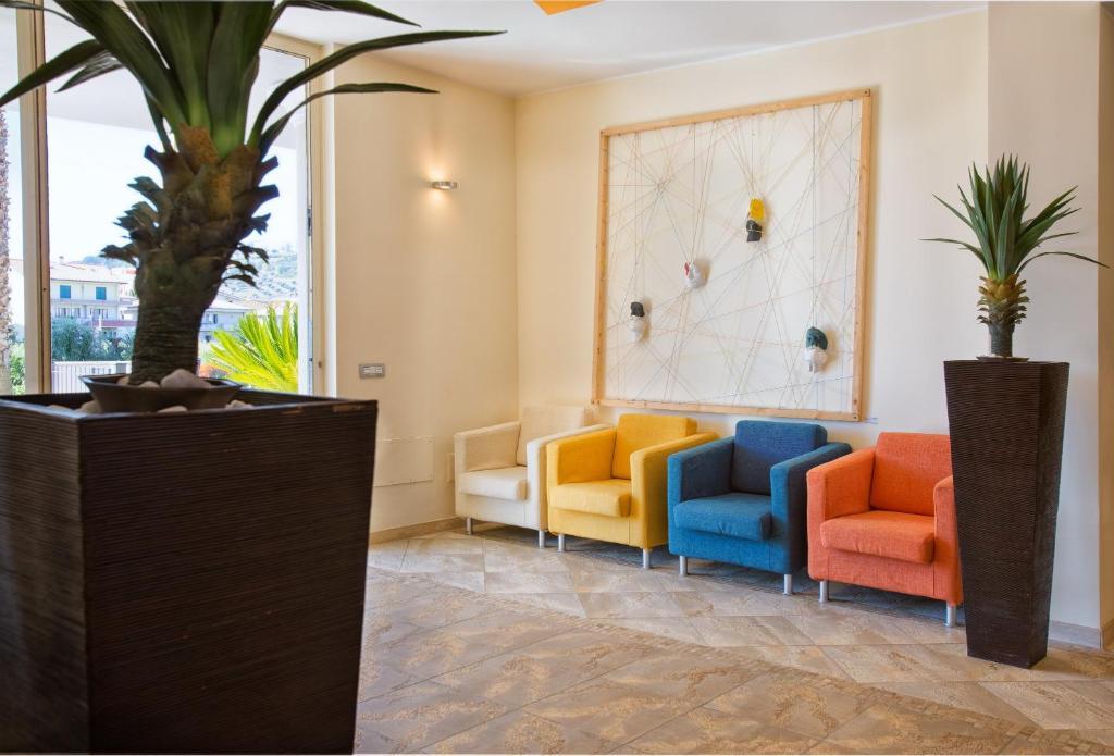Residence Girasole 1, Alba Adriatica, Italy - Booking.com