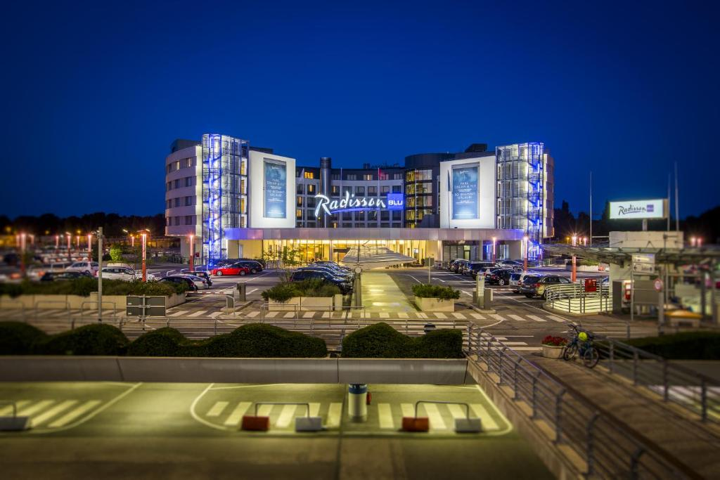 Hotel Radisson Hamburg Airport Deutschland Hamburg Booking Com