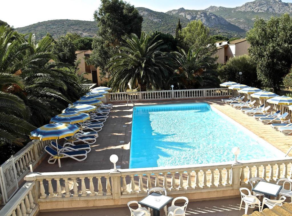 Residence thalassa calvi france for Resevation hotel