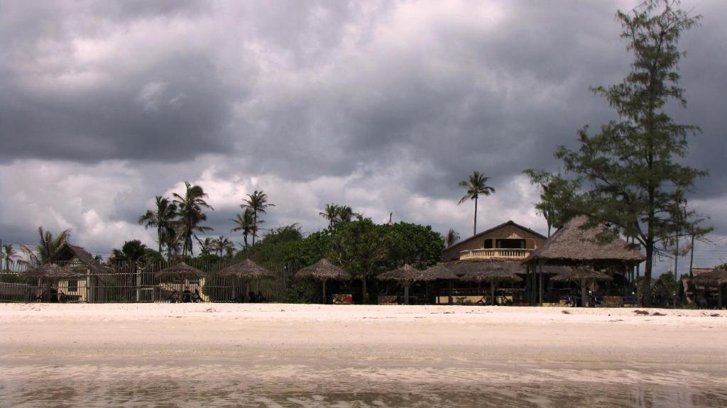 Kipepeo Beach and Village