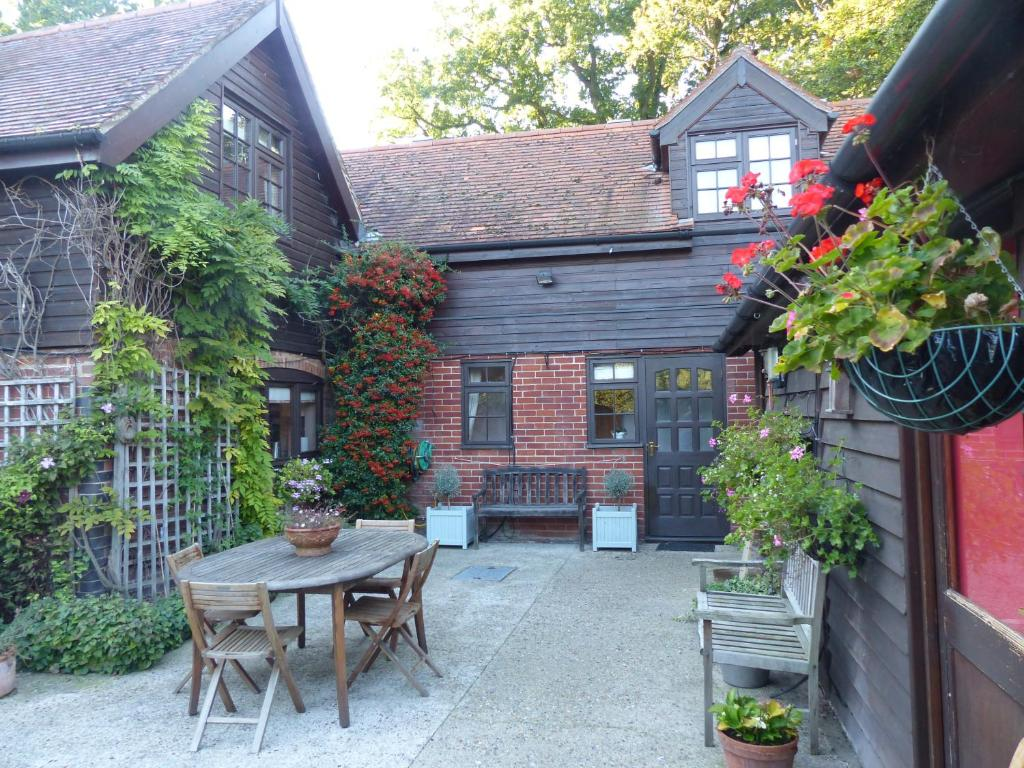 The Old Pear Tree Bury Saint Edmunds Updated 2018 Prices
