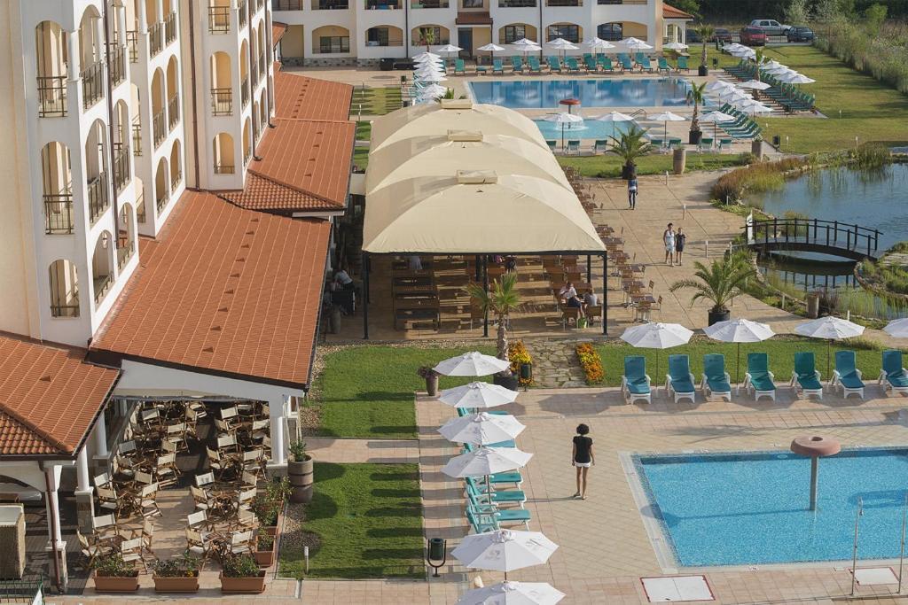 Хороший отель 4* для семейного отдыха с детьми в Болгарии!