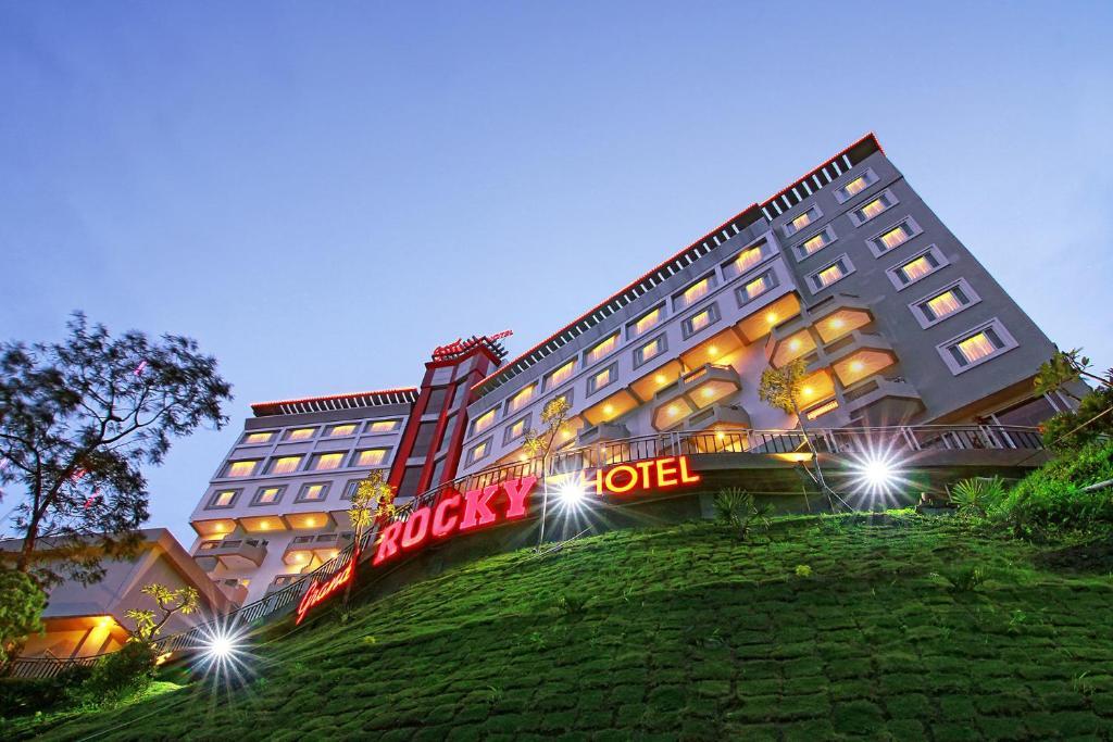 Hotel Gd Rocky Bukittinggi Indonesien Bukittinggi Booking Com