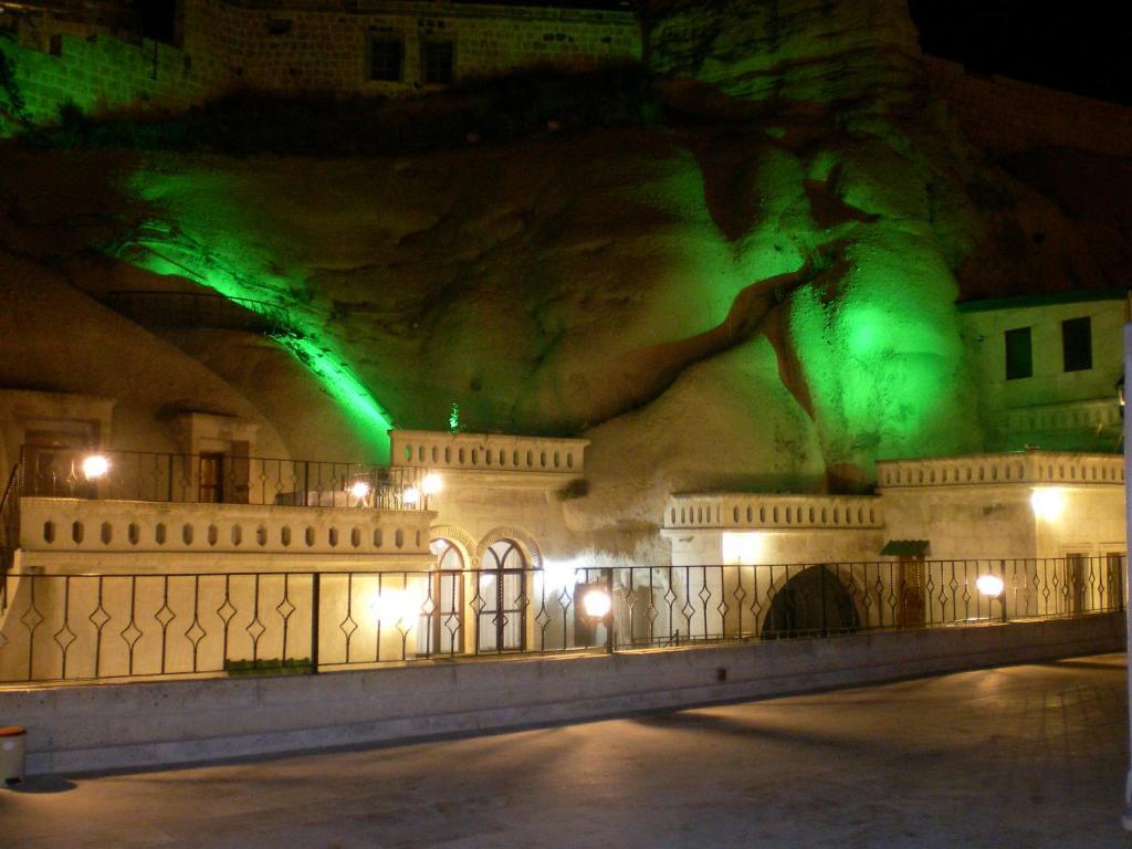 Bassein majutusasutuses Nature Park Cave Hotel või selle lähedal