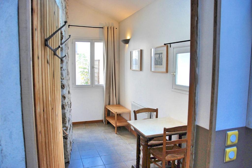 valuer le prix d une maison finest top maisons duhtes pour les couples en tunisie with valuer. Black Bedroom Furniture Sets. Home Design Ideas