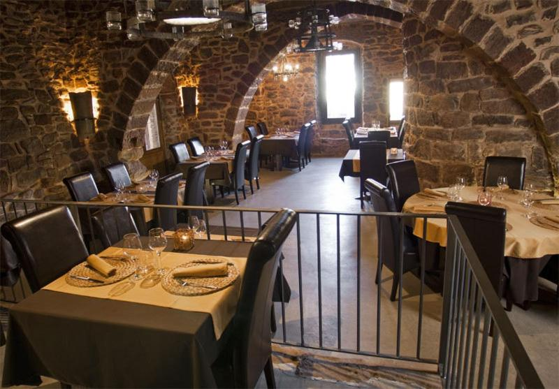 boutique hotels in cardona  27