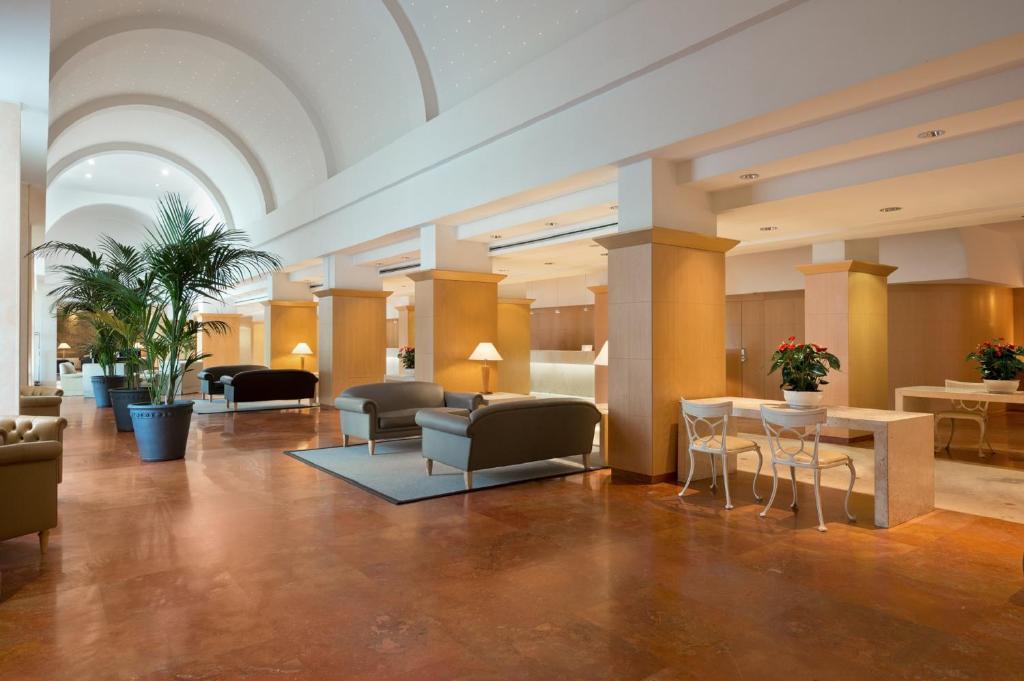 Hotel Hilton Rome Airport, Fiumicino, Italy - Booking.com