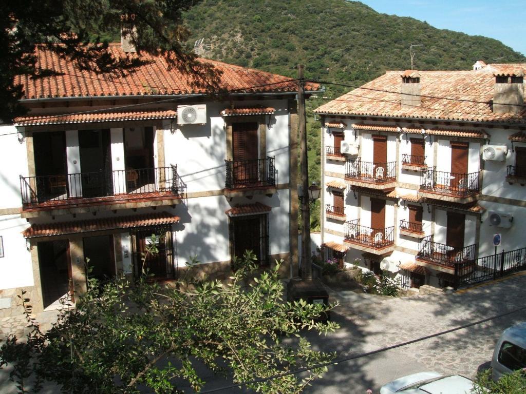 Apartments In Villaluenga Del Rosario Andalucía