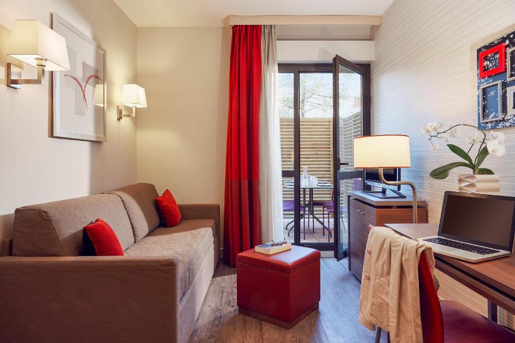 Condo Hotel Adagio Aix-en-Provence Centre, France - Booking.com