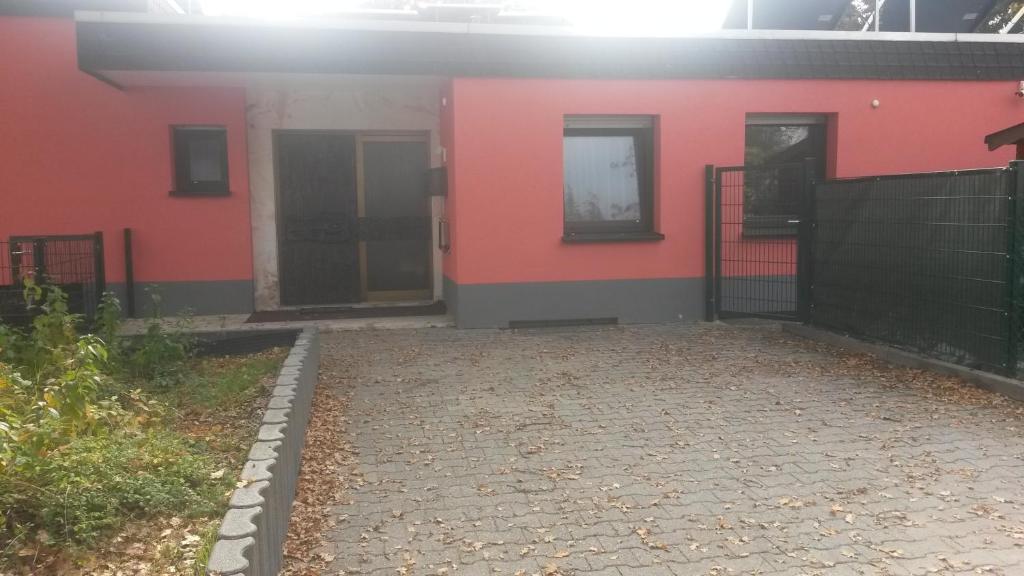 Ferienwohnung Gästezimmer Kelsterbach (Deutschland Kelsterbach ...