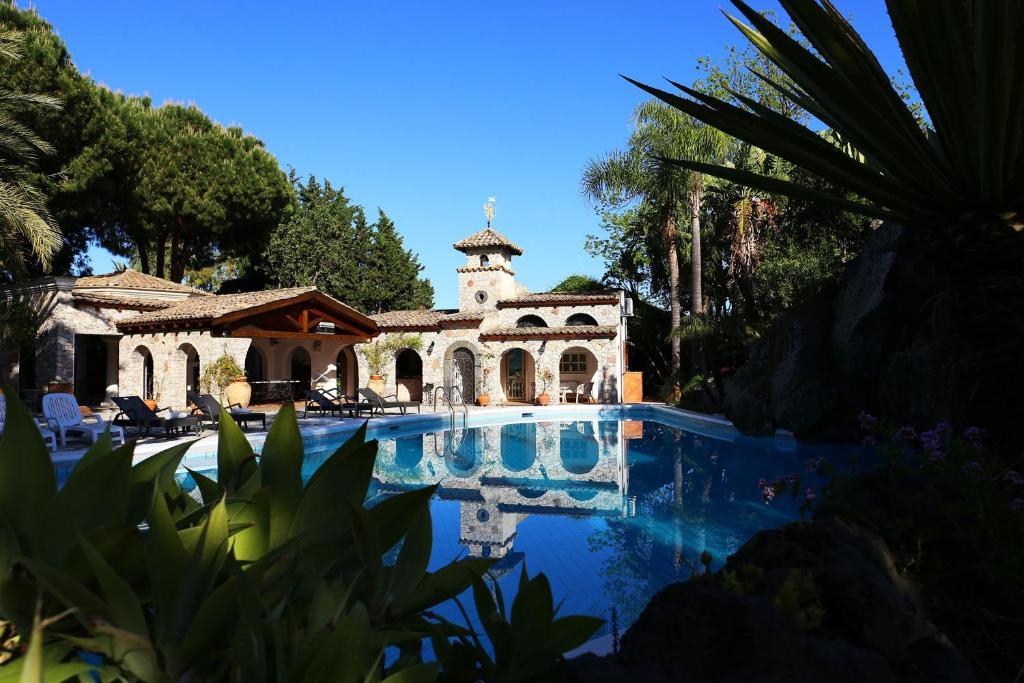 B&b la villa italien giardini naxos booking.com