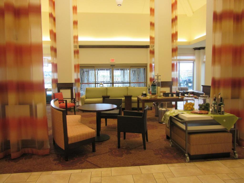 hilton garden inn memphiswolfchase galleria reserve now gallery image of this property gallery image of this property - Hilton Garden Inn Memphis