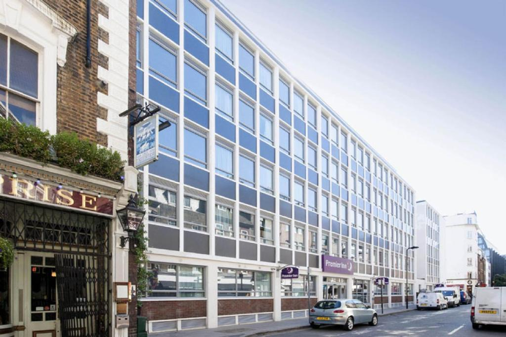 The Premier Inn London Holborn.