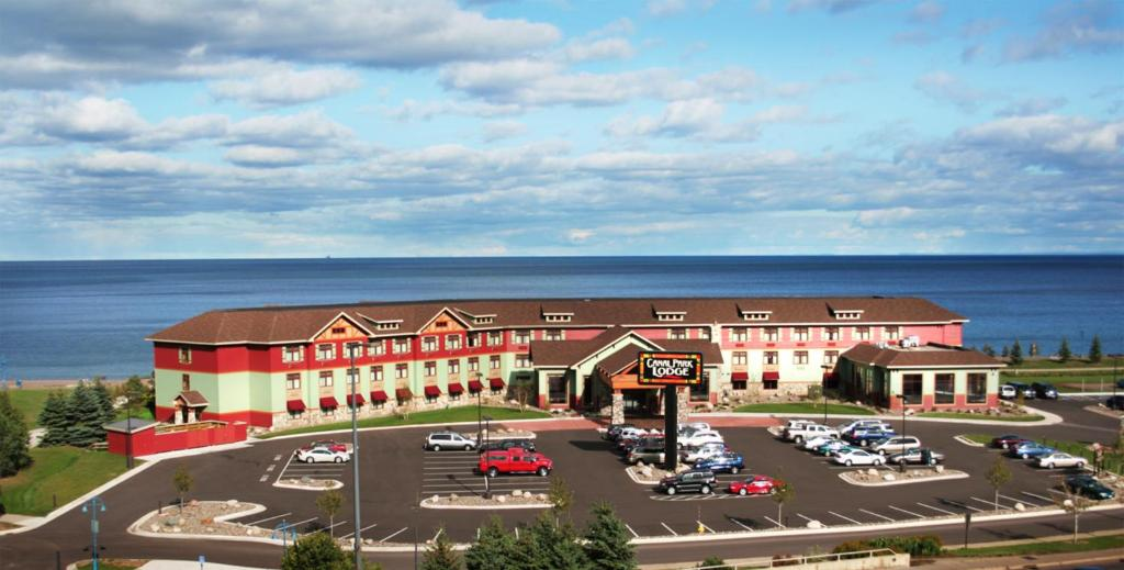 Canal Park Lodge Hotel Duluth Mn