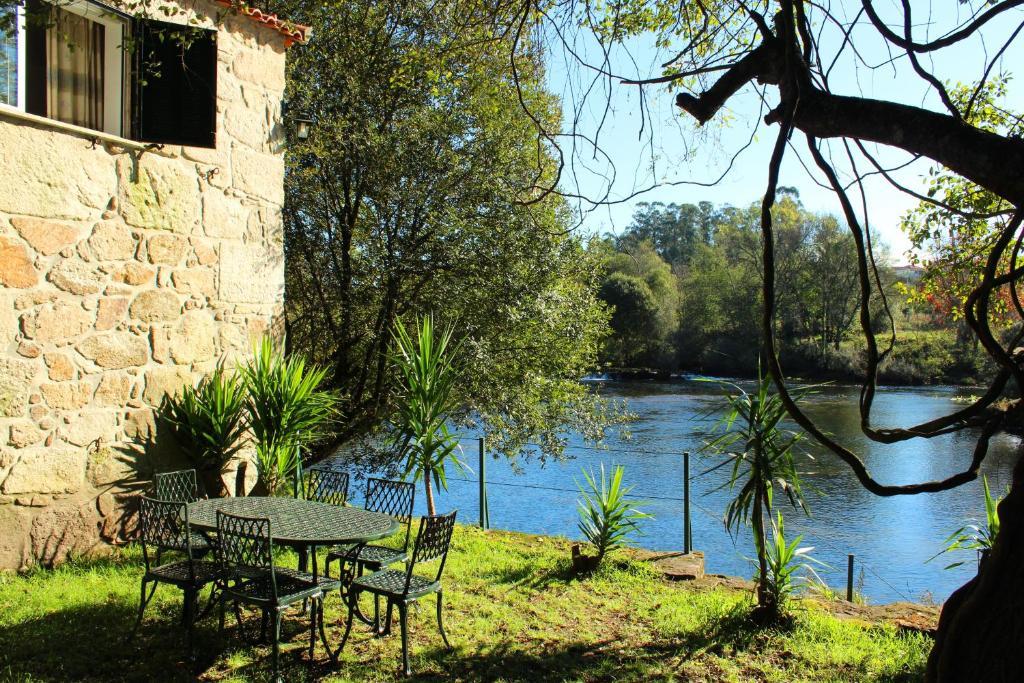 Vakantiehuis Casa do Rio - Eido do Pomar (Portugal Arcos de ...