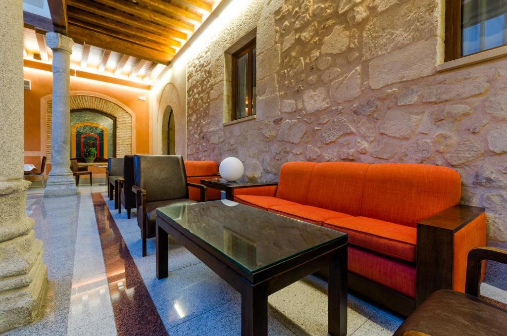 boutique hotels in segovia  70