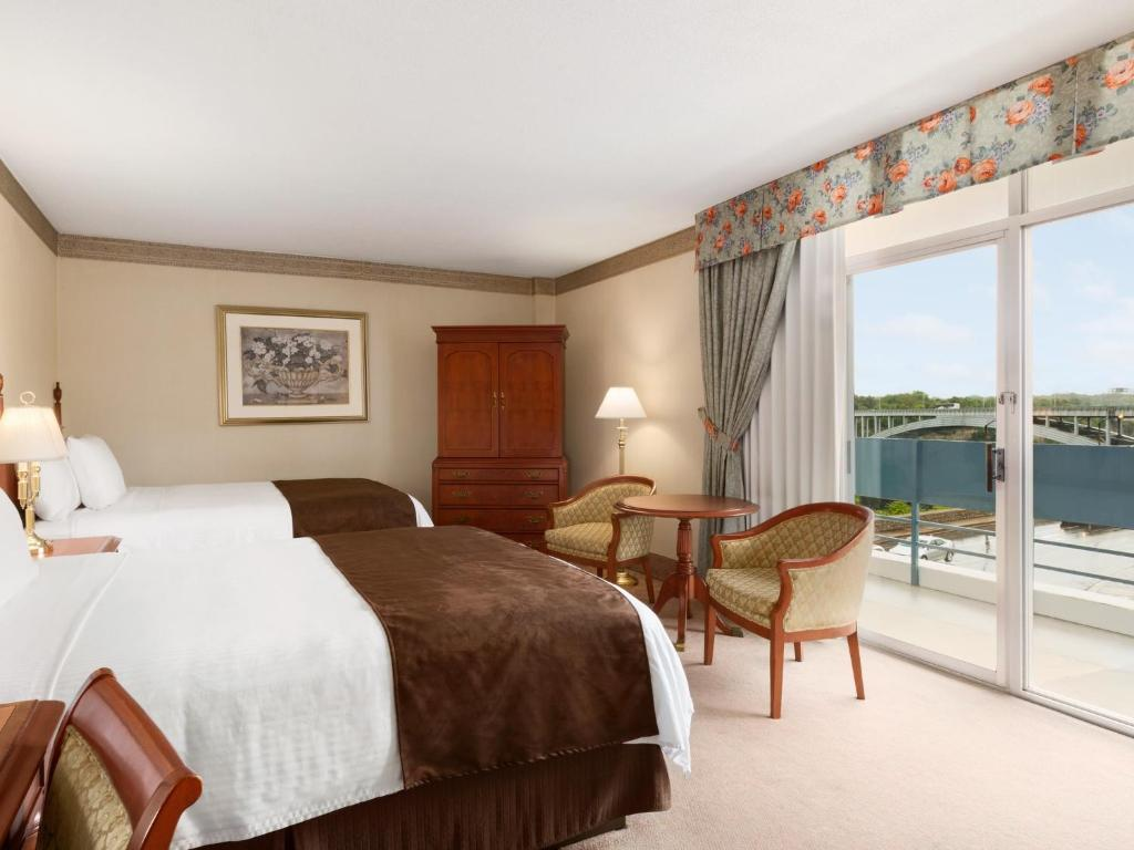 Travelodge Fallsview Hotel Niagara Falls Canada Bookingcom - Travelodge location map uk