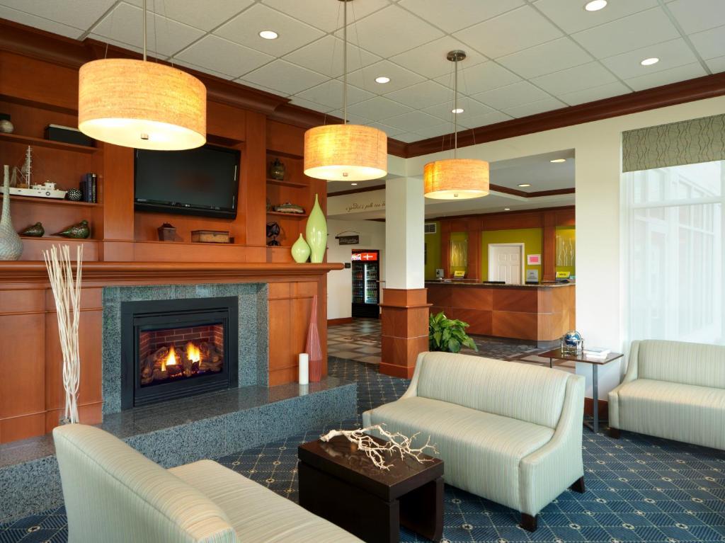 Hilton Garden Inn Milford CT Bookingcom