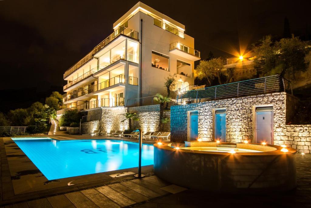panoramic hotel benacus (italia riva del garda) - booking.com - Arredo Bagno Riva Del Garda