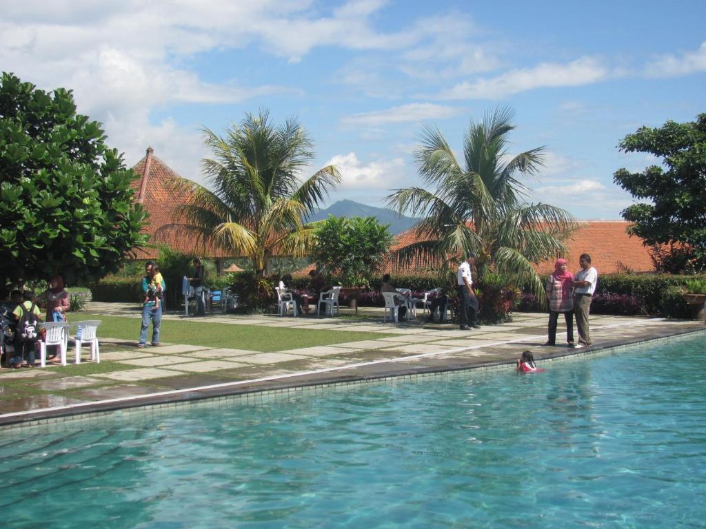 Demmerick Salib Putih Hotel Salatiga Updated 2018 Prices Luggage Tag Hk Gallery Image Of This Property