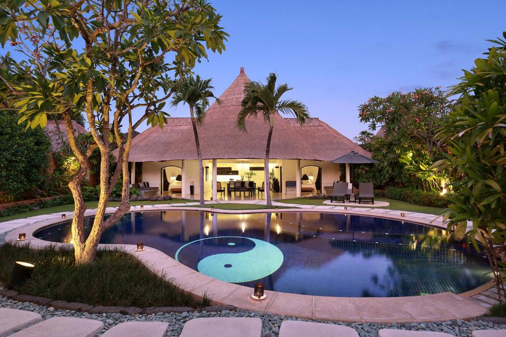 Impiana private villas seminyak indonesia for Bali accom deals